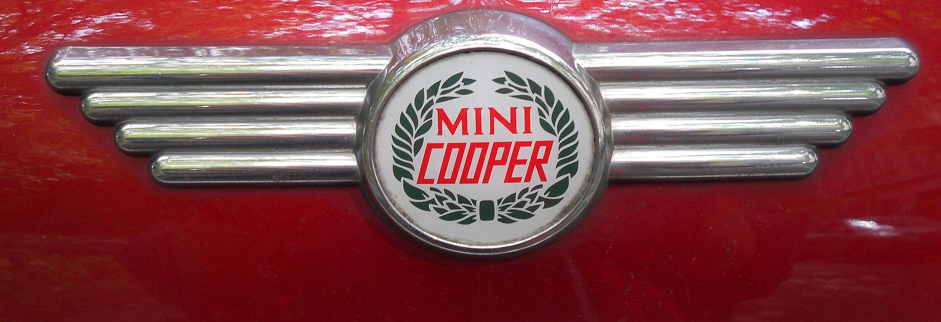Specialist Classic Mini Garage